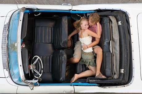 Los coches revelan la cifra más alta del estudio, donde un 80% de los encuestados revelan es el lugar donde lo han practicado.