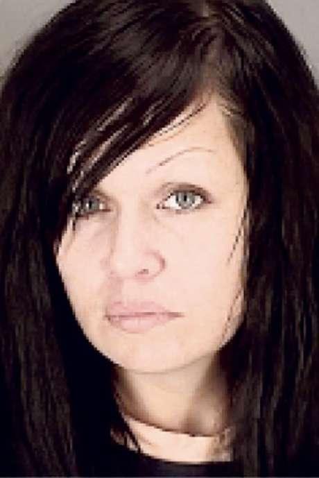 La mujer fue identificada como Mistie Rebecca Atkinson, de 32 años de edad.