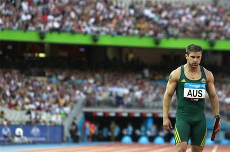 Australia's Daniel Batman competes in the men's 4x100 relay final at the Commonwealth Games in Melbourne March 25, 2006.