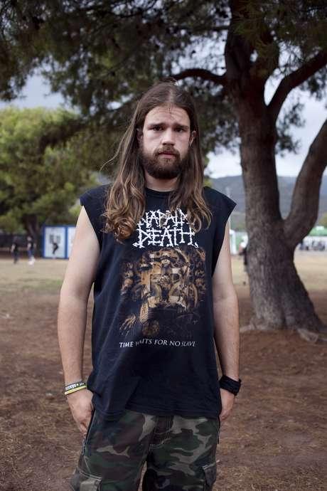 Miguel Vaño, 26 años. Llega desde Orihuela con su camiseta de Napalm Death aunque a quien viene a ver es a Opeth.
