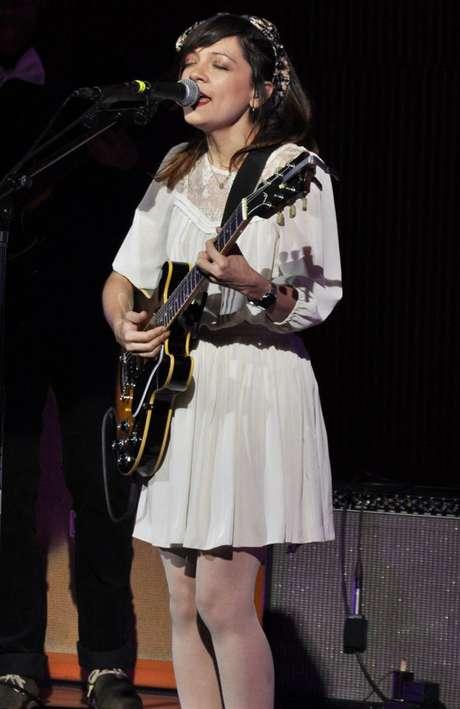 Natalia Lafourcade señala que su nuevo álbum cuenta con colaboraciones, como la del cantante Kevin Johansen.