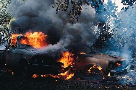 Los Caballeros Templarios quemaron al menos 30 autos y provocaron un caos en la ciudad.