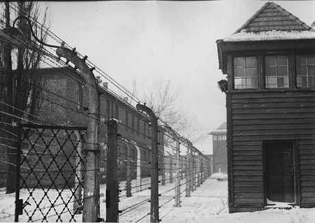 El campo de concentración nazi de Auschwitz hoy es un museo que visitan millones de personas cada año.