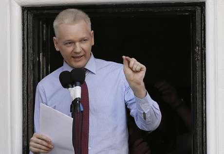 <p>Julian Assange lleva varios meses en la embajada de Ecuador en Londres. Es imposible saber cuánto más permanecerá mientras se mantenga el conflicto entre Ecuador, que le dio asilo, y Reino Unido, que quiere extraditarlo a Suecia, donde el fundador de WikiLeaks es requerido por delitos sexuales que él niega.</p>