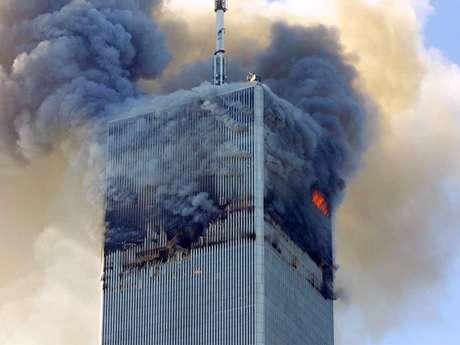 El propietario del World Trade Center demandó a las aerolíneas por negligencia. En la foto, el ataque contra una de las Torres Gemelas el 11 de septiembre del 2001.