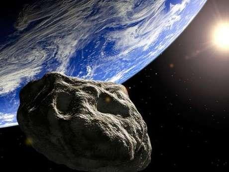 El asteroide lleva el nombre de QG42.