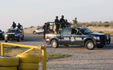 La Secretaría de Gobernación (Segob) informó que fuerzas federales apoyan a las autoridades estatales en la búsqueda de los 132 prisioneros que escaparon este lunes del Centro de Readaptación Social de Piedras Negras, en Coahuila.
