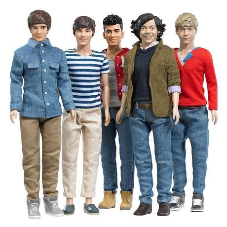 One Direction (1D) Collector Dolls from Hasbro®. Cada muñeco cuesta 19 dólares. Los cantantes de la banda británica arrasaron con su música y se espera que arrasen con sus muñequitos durante estas fiestas.