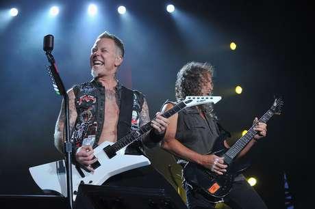 Los lectores de la revista Rolling Stone han seleccionado a través de una encuesta los diez mejores discos del género, uno de los más complicados de todos los tiempos ya que los fans del metal nunca se ponen de acuerdo en definir las bases de su sonido. Un top 10 donde aparecen cuatro discos de Metallica puede generar polémica, sin embargo, esta es la decisión de los lectores de la afamada revista norteamericana.