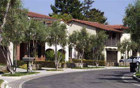 Homes that are valued at over $1 million, sit along Bersano Lane in Los Gatos, California September 6, 2012.