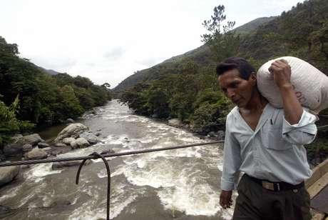 El sismo tuvo su epicentro a 27 millas al sur de Popayán, Colombia, cerca de la frontera con Ecuador.
