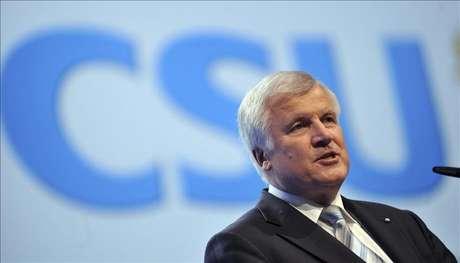 La CSU bávara se conjura para las elecciones y subraya su respaldo a Merkel