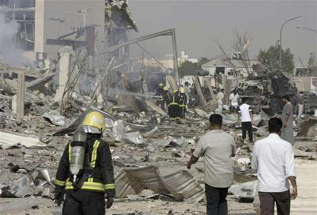Smoke rises after an explosion which severely damaged an industrial building in eastern Riyadh November 1, 2012.