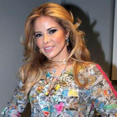 Foto: Gloria Trevi no estaría a gusto besando al galán de su nueva telenovela / Mezcalent / Terra