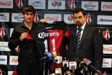 Edson Rivera jugará con el número 11.