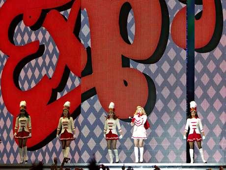 Madonna aprovechó su presentación en la ciudad de México para asegurar que lo único que ocurrirá el 21 de diciembre es una transformación para tener un mundo mejor.