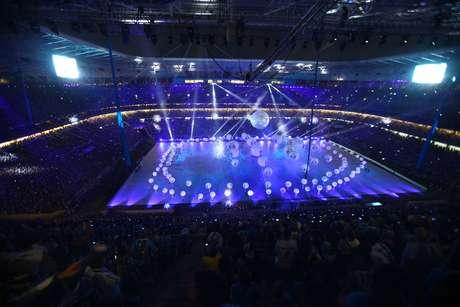 Confira imagens da cerimônia de abertura que apresentou a Arena do Grêmio, neste sábado, em Porto Alegre