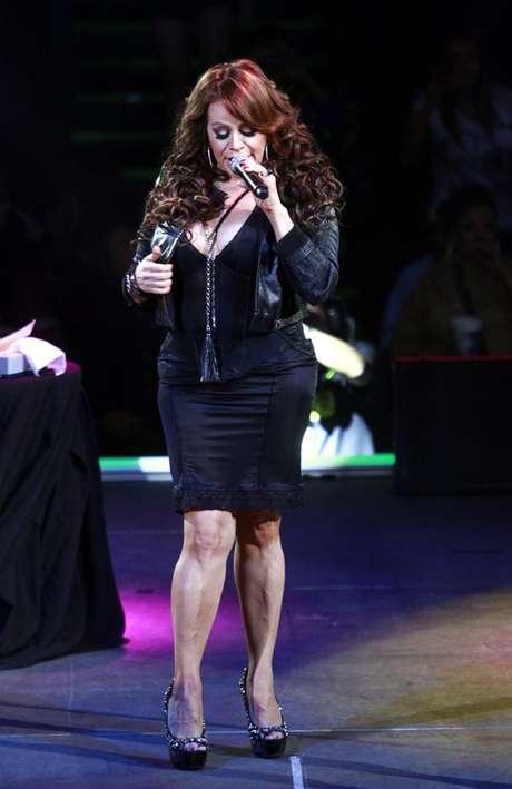 La cantante Jenni Rivera viajaba de Monterrey a Toluca cuando su aeronave se extravió.