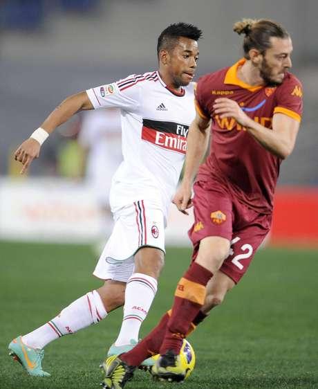 Segundo Massimiliano Allegri, técnico do Milan, Robinho permanecerá no clube italiano em 2013 Foto: EFE