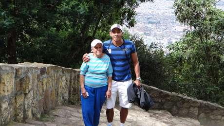 Wilder estaba feliz junto a su madre camino a la cima del cerro. Doña Blanca contaba historias que su hijo desconocía y se sorprendía al escucharla