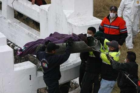 <p>Un total de 12.394 personas murieron en México el año pasado por actos vinculados con el crimen organizado. Sólo en diciembre, el primer mes de mandato del presidente, Enrique Peña Nieto, fallecieron 982 personas, según un recuento del diario mexicano Milenio.</p>