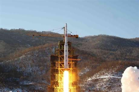 The Unha-3 (Milky Way 3) rocket carrying the second version of Kwangmyongsong-3 satellite, is launched at West Sea Satellite Launch Site in Cholsan county, North Pyongan province, December 12, 2012 in this picture released by the North's KCNA news agency in Pyongyang early December 14, 2012.