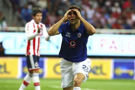 El volante argentino no daba crédito a su expulsión el día de su debut, aunque sí podrá jugar en la siguiente jornada.