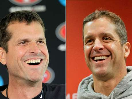Jim Harbaugh y John Harbaugh, hermanos, dirigen a los 49ers y Ravens, respectivamente.