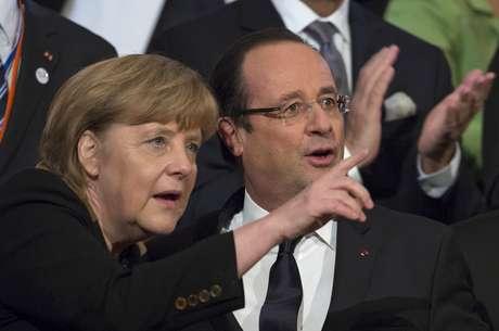 Os líderes dos dois países reforçam o compromisso de uma parceria ainda mais estreita e a responsabilidade comum na superação da crise do euro Foto: AP