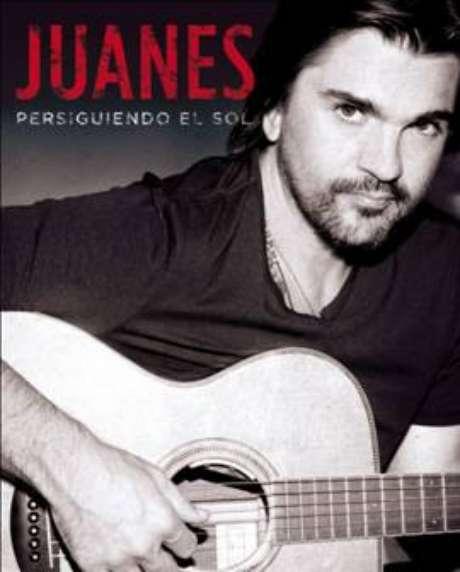 """Juanes revela sus intimidades en """"Persiguiendo al sol""""."""