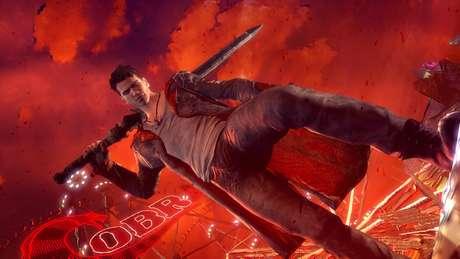 Mas se a história não convence - com dramas existências manjados entre Dante e Vergil, seu irmão desconhecido -, é a jogabilidade e seus belos cenários que fazem de 'DmC' um jogo capaz de fazer o jogador grudar a bunda no sofá