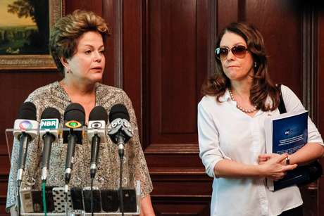 Do Chile, Dilma Rousseff lamentou as mortes na tragédia em entrevista coletiva Foto: Planalto / Divulgação