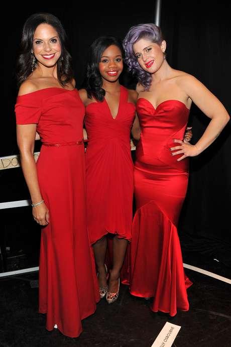 <p>Soledad O'Brien, Gabrielle Douglas y Kelly Osbourne posaron juntas para la foto del recuerdo.</p>