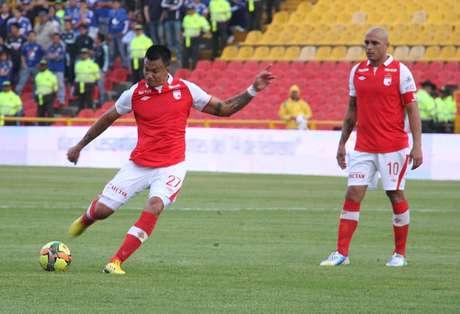 Humberto Mendoza y Omar Pérez, jugadores de Independiente Santa Fe.