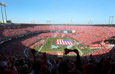 Candlestick Park, la casa de los 49ers de San Francisco, será demolido al final de la temporada 2013.