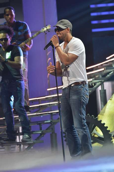<p>The Dominican singer is tied with Prince Royce for the most nominations of the night including Best Male Artist.</p>