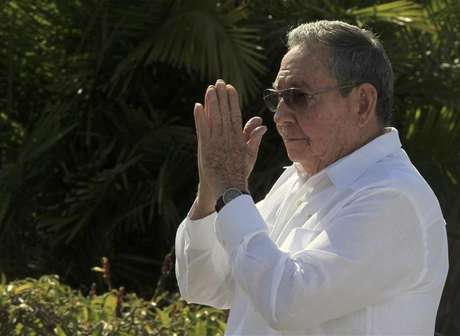 Cuba's President Raul Castro gestures after a wreath-laying ceremony at the Soviet Soldier monument in Havana February 22, 2013.