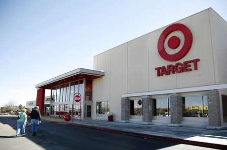 Shoppers enter a Target store in Arvada, Colorado February 24, 2009.