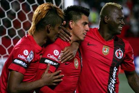 Gran actuación de Tijuana en su debut en casa en la Copa Libertadores al golear 4-0 al San José de Bolivia.