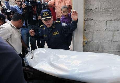 <p>San Pedro Sula tiene quizá el primer lugar más deshonroso: es la ciudad más peligrosa del mundo. La violencia generada por el narcotráfico, las pandillas y el asesinato selectivo de mujeres fueron factores que tomó en cuenta el organismo mexicano Consejo Ciudadano para la Seguridad Pública y Justicia, para calificar de esta manera a la segunda ciudad más poblada de Honduras.</p>