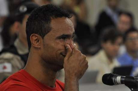 Bruno chora durante interrogatório no caso de assassinato de sua ex-amante Foto: Renata Caldeira/TJ-MG / Divulgação