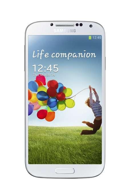 O Galaxy S4, como apontavam os rumores, tem um recurso de rolagem inteligente que reconhece o olhar do usuário. Com o Smart Pause, um vídeo é pausado assim que o aparelho notar que os olhos do usuário não estão mais olhando para a tela Foto: Divulgação