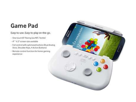 Controle produzido pela própria Samsung tem grampo que segura aparelhos com tela de tamanho entre 4 e 6,3 polegadas