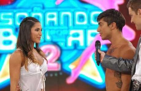 """Yana y Augusto se comprometieron al aire en el """"Soñando""""."""