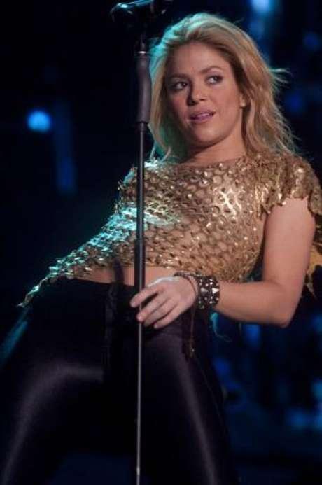 <p>Shakira en su última série de conciertos por el mundo no se cansó de mover las caderas, como solo ella lo sabe hacer.</p>