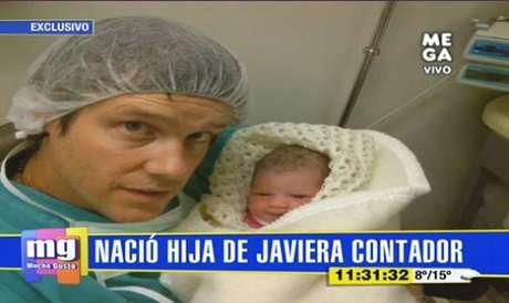 Diego Rougier muestra a su hija con Javiera Contador.