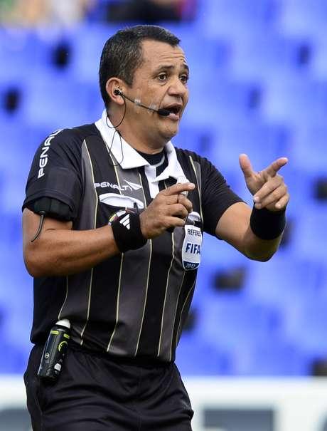 Marlon Escalante, juez venezolano para el juego entre Argentina y Colombia.