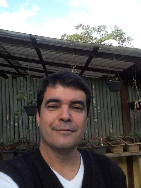 Jornalista João Carlos Leal diz ter combinado com o filho para ser enviado em um foguete até Marte mesmo que já esteja morto e cremado