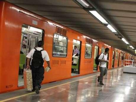 <p>La víctima, fue la que comenzó una trifulca en los andenes del Metro Copilco, y su agresor respondió lanzándolo a las vías, justo antes de la llegada del vagón.</p>