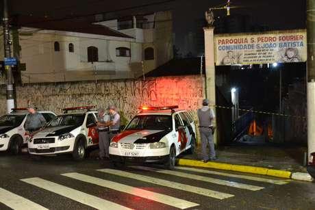 O homem foi encontrado com o corpo queimado na noite desta quarta Foto: Edu Silva / Futura Press